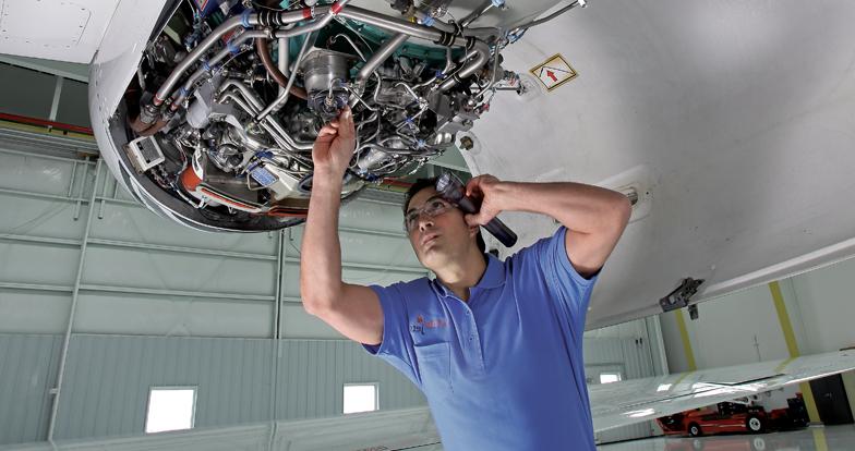 Jet Charter Jet Management Amp Jet Maintenance Services Gabreski Airport W