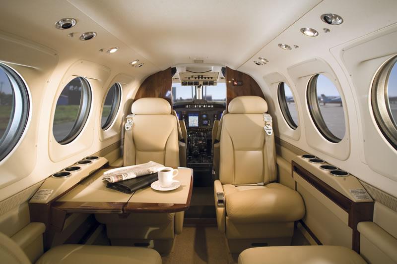 King Island Charter Flights